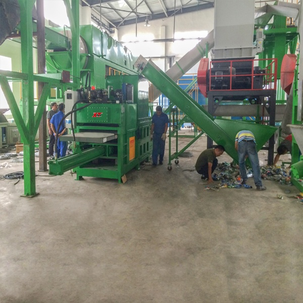 large-medium-and-small-sized-semi-automatic-baler-4.jpg