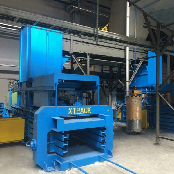 medium-sized-full-automatic-balers-3.jpg