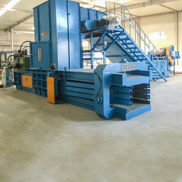 medium-sized-full-automatic-balers-7.jpg