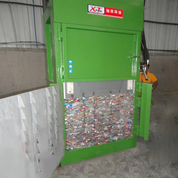 cans-pet-bottle-balers-5.jpg