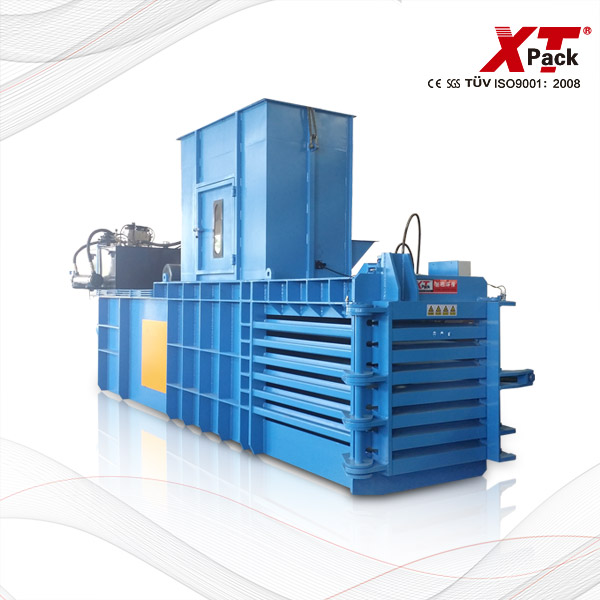 semi-automatic-baler-with-closed-gate.jpg